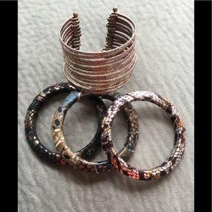 Jewelry - Bundle of 4 bracelets